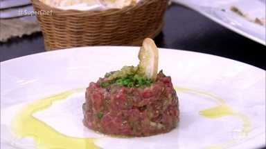 Steak Tartar - Ana Maria Braga prepara a receita para a galera do Super Chef