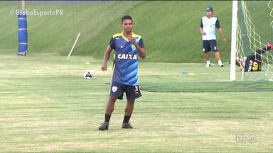 Londrina tem grande desafio na luta pelo G4 - Tubarão enfrenta o Goiás fora de casa nesta terça-feira (18) pela 15ª rodada do Campeonato Brasileiro da Série B