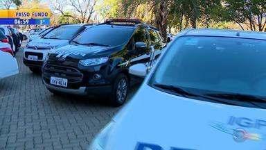 Segurança pública do RS passa a contar com 64 novos veículos - Carros foram entregues para a Polícia Civil e para o Instituto-Geral de Perícias.