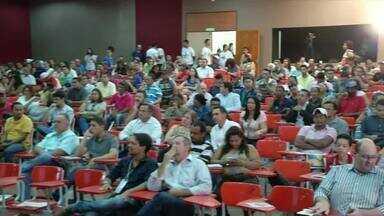 Moradores lotam audiência de revisão do plano diretor de Palmas - Moradores lotam audiência de revisão do plano diretor de Palmas