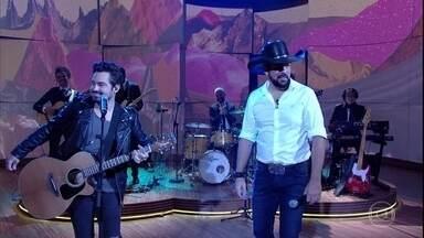 """Fernando e Sorocaba cantam """"Luzes de São Paulo"""" - Música é um dos grandes sucessos da dupla"""