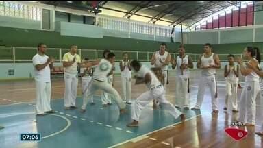 Festival Internacional de Capoeira começa em Vila Velha, ES - Jovens e adolescentes de vários países vão participar.