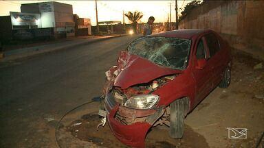 Duas Pessoas ficam feridas em acidente na MA 201 - Veículo em que eles estavam bateu contra um poste.