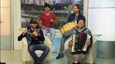 Falamansa se apresenta no Arraiá do Cerrado, em Goiânia - Evento, que tem entrada gratuita, também conta com apresentações de grupos de quadrilha.