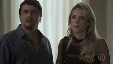 Jeiza desmascara Amílcar - Policial revela a Cândida a ficha policial do malandro