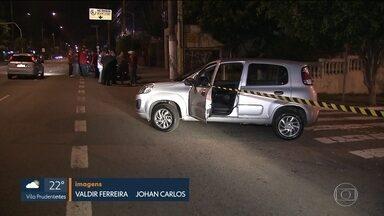 Polícia investiga morte de motorista do Uber na Zona Sul de SP - O motorista foi esfaqueado. Testemunhas dizem que viram o rapaz discutindo com um travesti.