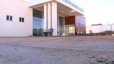Inaugurado há um ano, posto de saúde segue fechado e sem atendimento em Goiânia - Moradores estão sendo atendidos de forma improvisada em outro lugar.