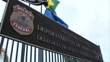 PF cumpre mandados em hospital de Santa Cruz do Rio Pardo - A Polícia Federal de Marília cumpriu nesta quarta-feira (2) dois mandados de busca e apreensão em Santa Cruz do Rio Pardo (SP). O trabalho faz parte da Operação Equipos, que investiga uma organização suspeita de contrabandear equipamentos de diagnóstico médico. Ao todo, são 88 mandados cumpridos em 44 municípios de 18 estados e no Distrito Federal.