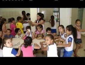 VC NO MG TV: Superintendência de Ensino autoriza o incio das obras da escola em Inhapim - Escola do distrito de Jerusalém, em Inhapim, foi destruída após uma forte chuva, e Superintendência de Ensino autorizou o inicio das obras na escola.