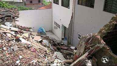 Perícia identifica problemas no prédio que desabou em Garanhuns - Acidente deixou duas pessoas mortas e duas feridas.