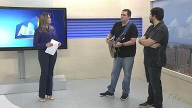 Integrantes da banda Cateral Kim e Júlio falam sobre novo projeto - Dupla bate papo descontraído sobre a carreira.