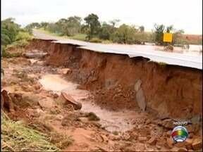 Obras na SP-294, em Tupi Paulista, são concluídas - Trecho havia sido destruído por chuvas.