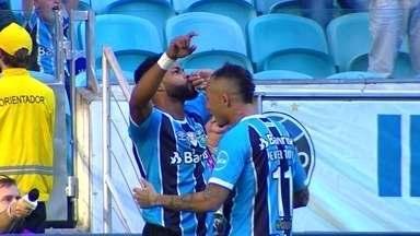 Melhores momentos: Grêmio 2 x 0 Atlético-MG pela 19ª rodada do Brasileirão 2017 - Gaúchos vencem e seguem em segundo lugar, a oito pontos do líder, Corinthians.