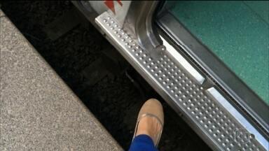 Quase mil passageiros se ferem todo ano ao entrar e sair dos trens em SP - Distância entre as plataformas e os vagões chega a ter meio metro.