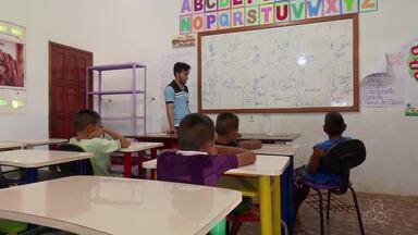 Escola agrícola de Macapá corre o risco de fechar por falta de repasse de verba - A instituição depende do aluguel de parte da estrutura que é usada por uma escola estadual. Já são sete meses de atraso.