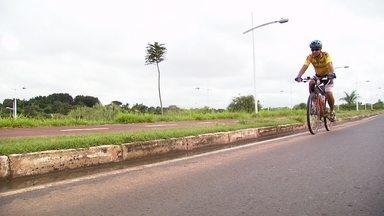 Bicicleta Paraíba - Conheça a história de determinação do João Carlos para conseguir visitar a avó a milhares de quilômetros de distância