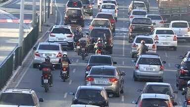 Muitos carro em Belo Horizonte não estão licenciados, diz Detran - Vários motoristas devem o IPVA, o seguro obrigatório.
