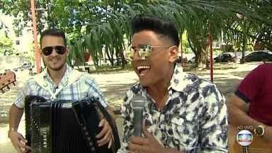 Conheça o cantor Ciel Rodrigues - Quadro 'É Pipoco' traz ao vivo pernambucano que vem fazendo sucesso no interior.