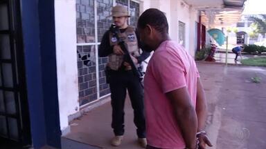 Casal é preso suspeito de tráfico de drogas em Taquaruçu - Casal é preso suspeito de tráfico de drogas em Taquaruçu