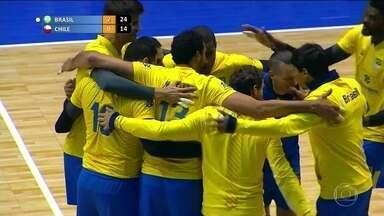 Brasil vence o Chile e está na final do Sul-Americano de vôlei - Rui era responsável por tirar e colocar os barcos na água.