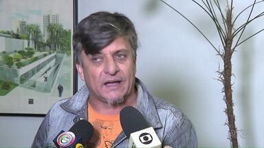 MP denuncia o vereador Boca Aberta por fraude processual - De acordo com o Ministério Publico, o vereador Boca Aberta apresentou atestados médicos falsos para não comparecer em audiência de processos em que ele responde por agressões verbais a várias pessoas. O vereador nega a irregularidade.