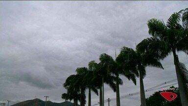 Confira a previsão do tempo no Sul do ES - Tempo amanheceu parcialmente nublado.