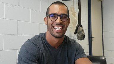 Rodrigo West, filho de Sidney Magal, comenta tweets sobre sua participação no 'Encontro' - Confira