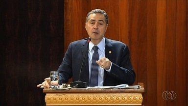 Ministros participam de palestra em Goiânia falando sobre economia e corrupção - Luiz Fux e Luís Roberto Barroso estiveram presentes em evento no MP-GO.