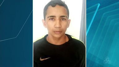 Suspeito de esfaquear jovem durante assalto morre em troca de tiros com a PM em Santana - Confronto com a Polícia Militar aconteceu na Baixada do Ambrósio na quinta-feira (10). Morto tinha 17 anos e ficha criminal extensa.
