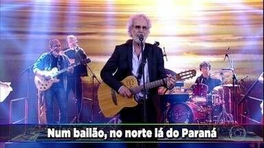 'Amanheceu, Peguei a Viola' levanta a galera do Domingão - Renato Teixeira canta sucesso