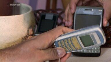 Aprenda a descartar corretamente o lixo eletrônico - Telefones celulares, pilhas, impressoras e computadores são os tipos de lixos eletrônicos mais comuns nas casas das pessoas. Algumas partes dos equipamentos podem ser reaproveitadas por empresas especializadas