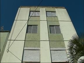 Laudo técnico indica a demolição do Edifício Gralha em Passo Fundo, RS - Prédio com rachaduras foi interditado a mais de um ano