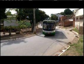 População reclama de valores cobrados na passagem de ônibus nos distritos de GV - Segundo moradores, quantidade de veículos é pequena.