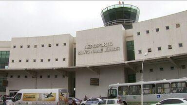 Aeroporto de Maringá deve ser ampliado a partir de 2018 - O anúncio foi feito nesta sexta-feira, 18. A expectativa é de que novas companhias se interessem em operar no aeroporto.