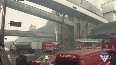 MPF quer que a Copersucar pague R$ 13,6 milhões por derramar açúcar no mar - Derramamento ocorreu durante incêndio em 2013.