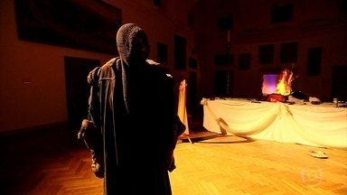 Festival de fantasmas e espíritos atrai milhares de turistas para a Eslováquia - Assustar se tornou negócio no país. Antigos castelos são cheios de histórias de assombração e um deles foi até cenário do filme 'Nosferatu'.