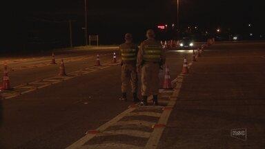 Duas pessoas são presas na SC-401, em Florianópolis - Duas pessoas são presas na SC-401, em Florianópolis