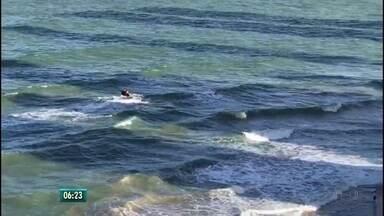 Jovem desaparece ao entrar no mar em Boa Viagem - Caso aconteceu no domingo e buscas serão retomadas nesta segunda-feira