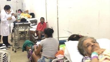 Parentes de pacientes do Hospital Getúlio Vargas denunciam falta de espaço na unidade - Reclamações são frequentes; imagens mostram situação complicada.
