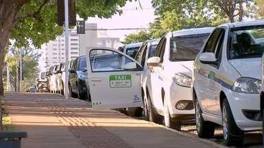 Licitação é aberta para concessão de novas permissões para taxistas e mototaxistas em MS - Estão sendo disponibilizadas 217 novas permissões para táxis e 148 para mototáxis em Campo Grande