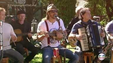 Falamansa canta 'Asas' - Música foi a primeira da banda e já virou um clássico!