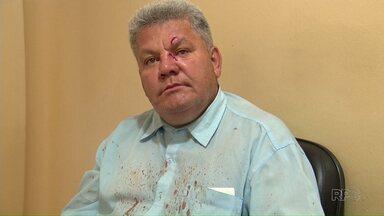 Adolescente que agrediu motorista de ônibus é levado para centro de socioeducação - Jovem de 17 anos deu um soco na testa do motorista