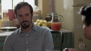 Evandro diz a Júlio que Mônica não vai voltar - Mônica repreende Malagueta por ter dormido fora de casa sem avisar