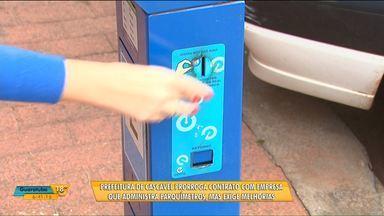 Prefeitura de Cascavel exige melhorias de empresa que administra parquímetros - Contrato foi renovado mesmo com a reclamação dos moradores sobre problemas nos parquímetros.