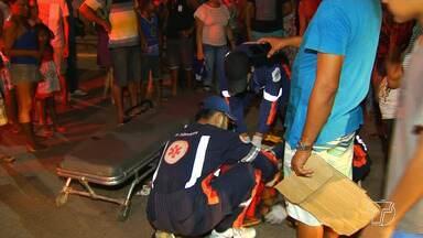 Em Santarém, mulher com sinais de embriaguez é atropelada ao atravessar rua repentinamente - Mulher bateu a cabeça e foi encaminhada para o Pronto Socorro.