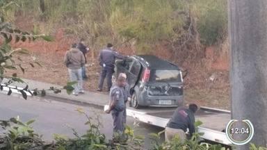 Motorista bêbado causa acidente e passageiro fica gravemente ferido em Atibaia - O condutor foi preso pela polícia após o acidente.