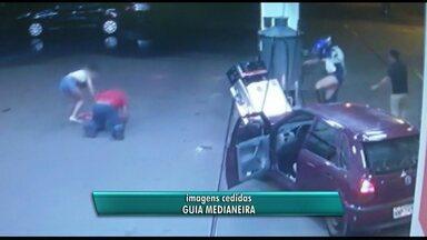 Motorista atropela frentista em Medianeira - Ela avançou sobre a bomba de combustíveis onde estava o frentista.