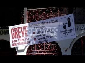 Servidores da Junta Comercial entram em greve nesta segunda - Trabalhadores reivindicam reajuste e fim de assédio moral.