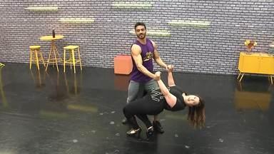 Confira os erros dos ensaios da semana do forró - Para acertar a coreografia precisa de muito ensaio