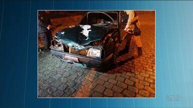 Adolescente que teria causado acidente em Campo Largo se apresenta à polícia - No acidente, três mulheres foram atropeladas e morreram.
